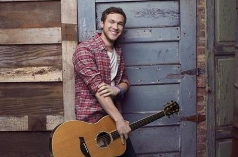 American Idol 2013 Spoilers: Phillip Phillips Performs On Results Show