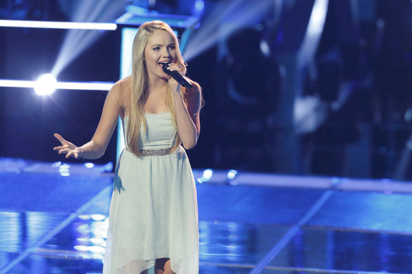 Danielle Bradberry http://gossipandgab.com/20712/the-voice-usa-2013-spoilers-danielle-bradbery-wins-knockouts-video/the-voice-season-4-27