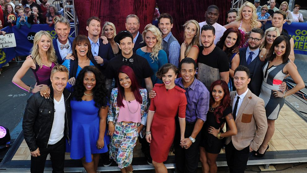 Dancing with the stars 17 premiere recap first dances for 1234 get on the dance floor star cast