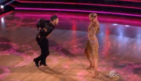 Dancing With the Stars 2013 Elizabeth Berkley and Val Chmerkovskiy