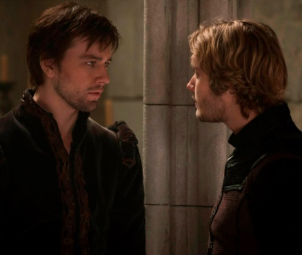 "CW 2014 Reign Spoilers: Season 1 Episode 16 ""Monsters"" Promo Video – Bash And Francis VS. The Darkness"