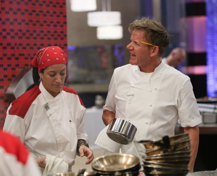 Is Hells Kitchen 2014 Season 13 On Tonight? 10/29/2014