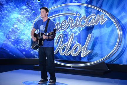 American Idol Auditions 2015: Idol Slow Dance with Michael Simeon (VIDEO)