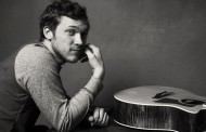 American Idol Winner Phillip Phillips Wants Out Of Contract, Sues Idol!