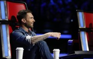 The Voice Coach Adam Levine Dyes Hair Blonde Again! (PHOTO)
