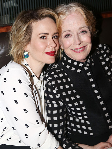 Dating' ... Sarah Paulson, 40, is reportedly dating Holland ...