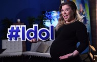 Kelly Clarkson Gives Birth To Baby Boy; Find Out Name Here!