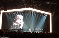 Adele Forgets Lyrics During Concert And Has Hilarious Reaction (VIDEO)