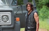 "Norman Reedus Thinks The Planet Will ""Explode"" After The Walking Dead's Reveal"