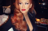Christina Aguilera Debuts Red Hair – Check It Out Here!