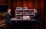 Matt Damon and Jimmy Fallon Play Box of Lies on Tonight Show (VIDEO)