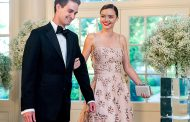 Miranda Kerr Engaged To Snapchat CEO Evan Spiegel – Ring Here!