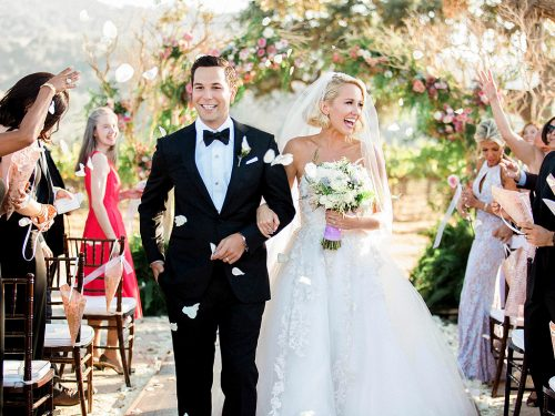 'Pitch Perfect' wedding: Anna Camp marries Skylar Astin