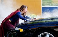 Supergirl 2×02 Recap: Everything's Changing