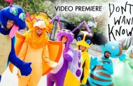 """Maroon 5 Premieres """"Don't Wanna Know"""" Music Video"""