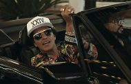 "Bruno Mars Returns with ""24K Magic"" Music Video"