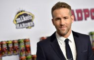 Ryan Reynolds Announces Gender of Second Baby on Conan