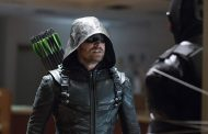 Arrow Season 5 Spoilers: Who is Vigilante? (Video)