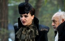 """She's Back! The Evil Queen And Regina Face Off – Once Upon A Time 6×14 """"Page 23"""" Promo Pictures"""