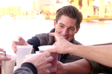 On Southern Charm 2017, The group celebrated Craig's completion of law school.