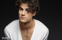 "Darren Criss Shared A Stripped-Down Take Of Les Misérables Favorite ""I Dreamed a Dream."""