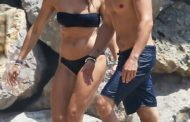Who's That Girl? Orlando Bloom Hit The Beach In Malibu With A Mystery Blonde Woman