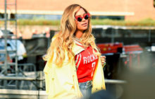 (PHOTO) When It's Queen Bey's B'day, You Can Be Certain Her Cake Is Fit For Royalty