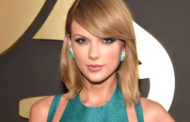 Taylor Swift Writes Emotional Letter To Swifties in 'Reputation' Booklet: 'Here's Something I've Learned About People'