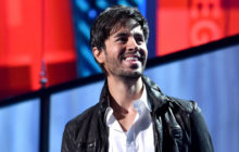 (IF I SEE YOU AGAIN) Lyric Translation: This Is What Enrique Iglesias Really Wants In 'El Baño'