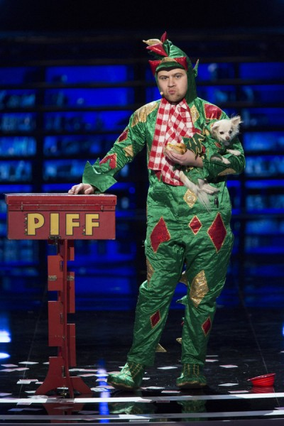 America S Got Talent 2015 Piff The Magic Dragon Gets Golden Buzzer Video