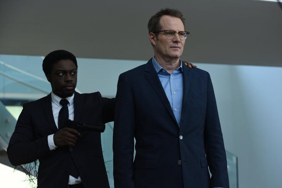 Heroes Reborn Season 1 Recap: 1 5: The Lion's Den