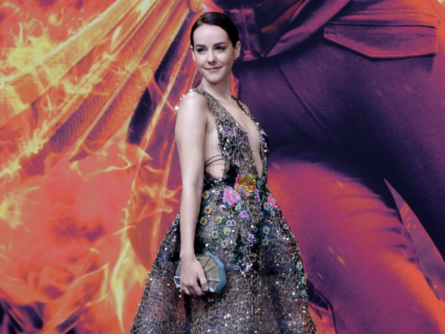 The Hunger Games Star Jena Malone Announces Pregnancy Photo