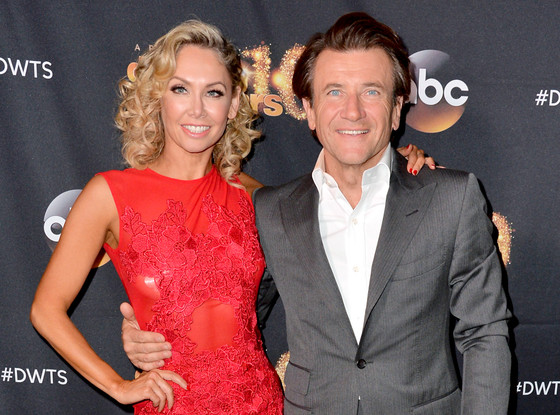 Kym Johnson Dancing With The Stars Married: Dancing With The Stars Kym Johnson And Robert Herjavec