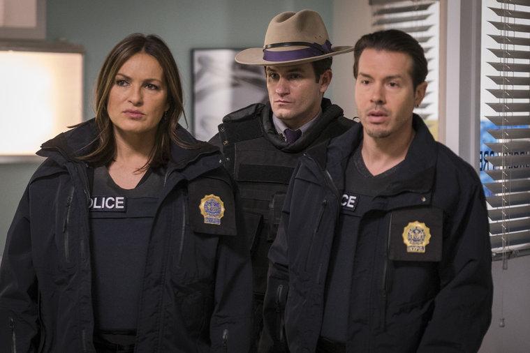 Fantastic Law Order Svu Season 17 Episode 14 Recap Nationwide Beutiful Home Inspiration Xortanetmahrainfo