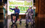 Jimmy Fallon and Michael Strahan Race Giant Tricycles on Tonight Show (VIDEO)