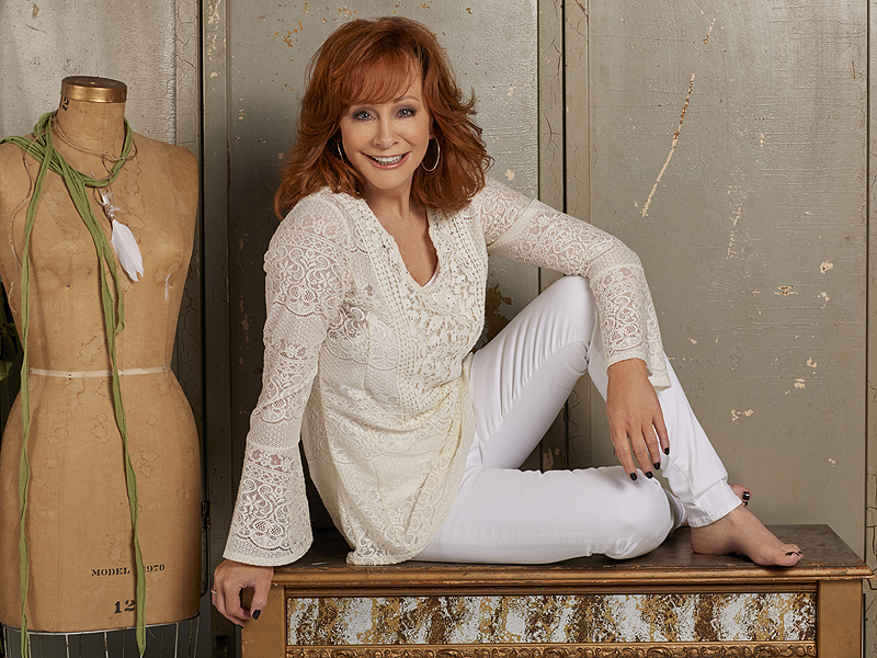 Reba Mcentire Headed Back To Tv In New Marc Cherry Series-4150